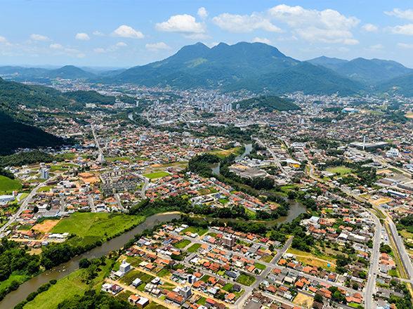 7 lugares para conhecer em Jaraguá