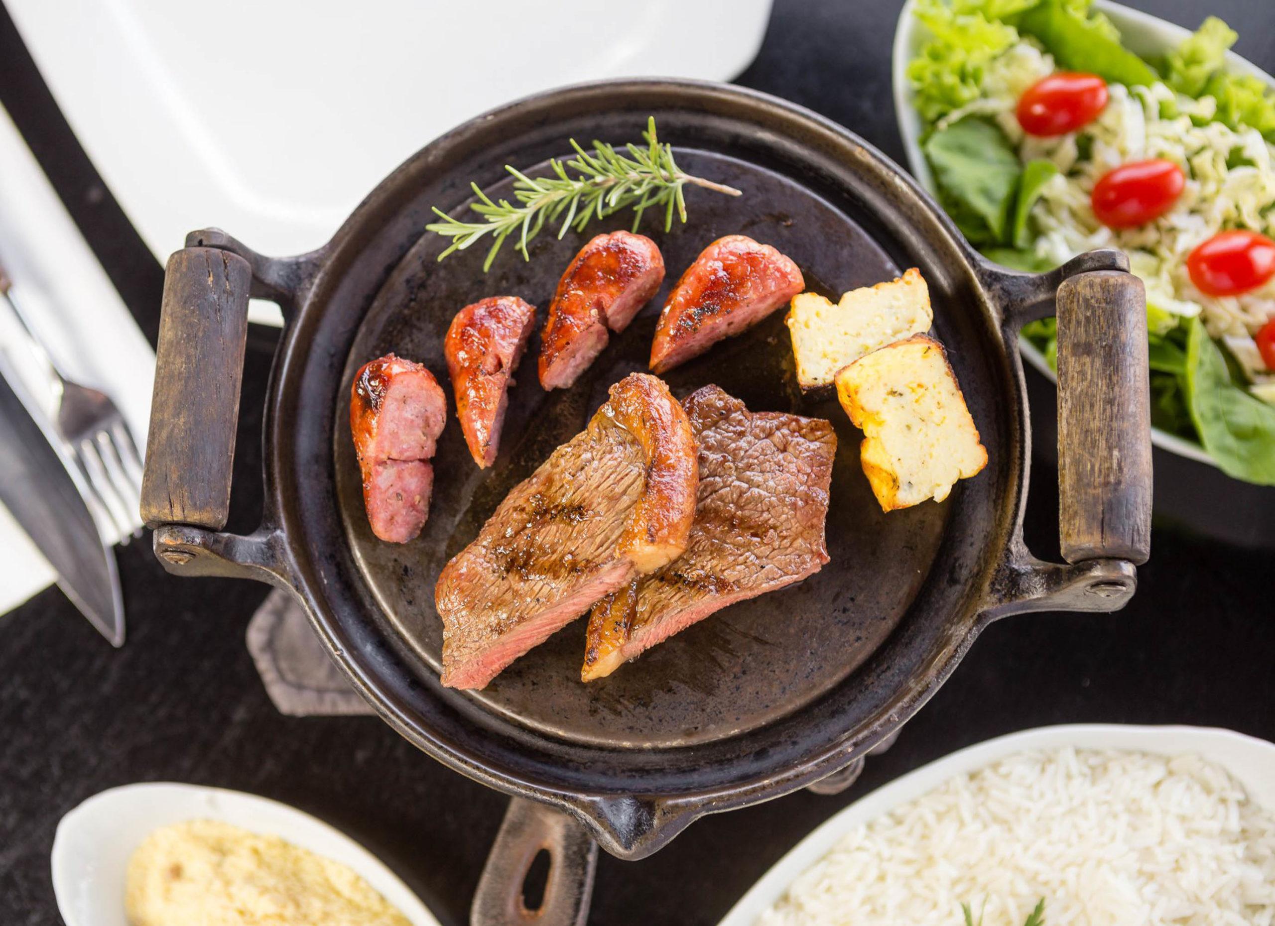 Menu degustação: os melhores pratos do restaurante servidos em sequência